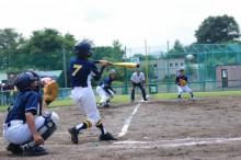 趣味の野球を楽しむ男の子
