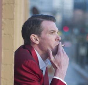 喫煙している人