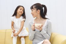自分勝手な会話ではなく、子供の気持ちを考えた会話をする親