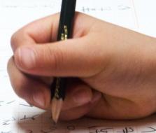 誤った鉛筆の持ち方-3