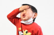 風邪をひいた子供