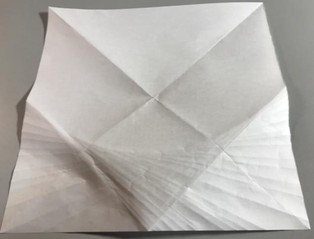 折り紙を折って放物線を作る